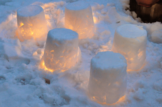 snow_candle1.jpg