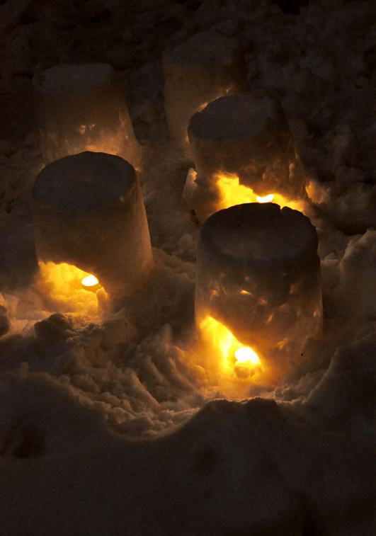 snow_candle2.jpg